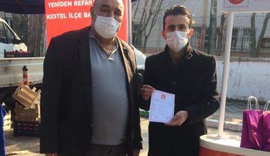 Yeniden Refah Kestel'de Pazar Esnafına Hijyen Paketi Dağıttı
