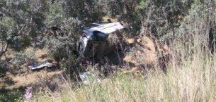 Aracıyla Zeytinliğe Uçan Genç Camdan Fırlayarak Ağır Yaralandı