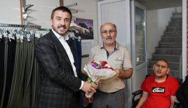 Kestel'de yılın babası hayatını engelli oğluna adayan Orhan Demir seçildi