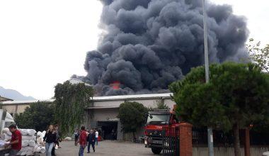 Kestel'de Tekstil Fabrikasında Büyük Yangın